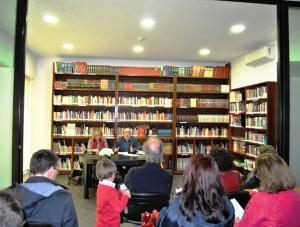 biblioteca Dr. Domingos Alves